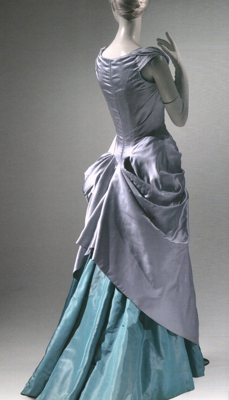 Robe en soie, par Charles James