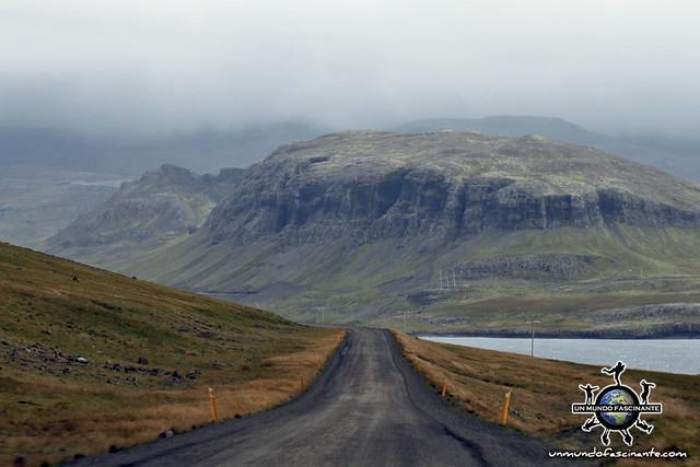 Carretera de grava compactada - ISLANDIA