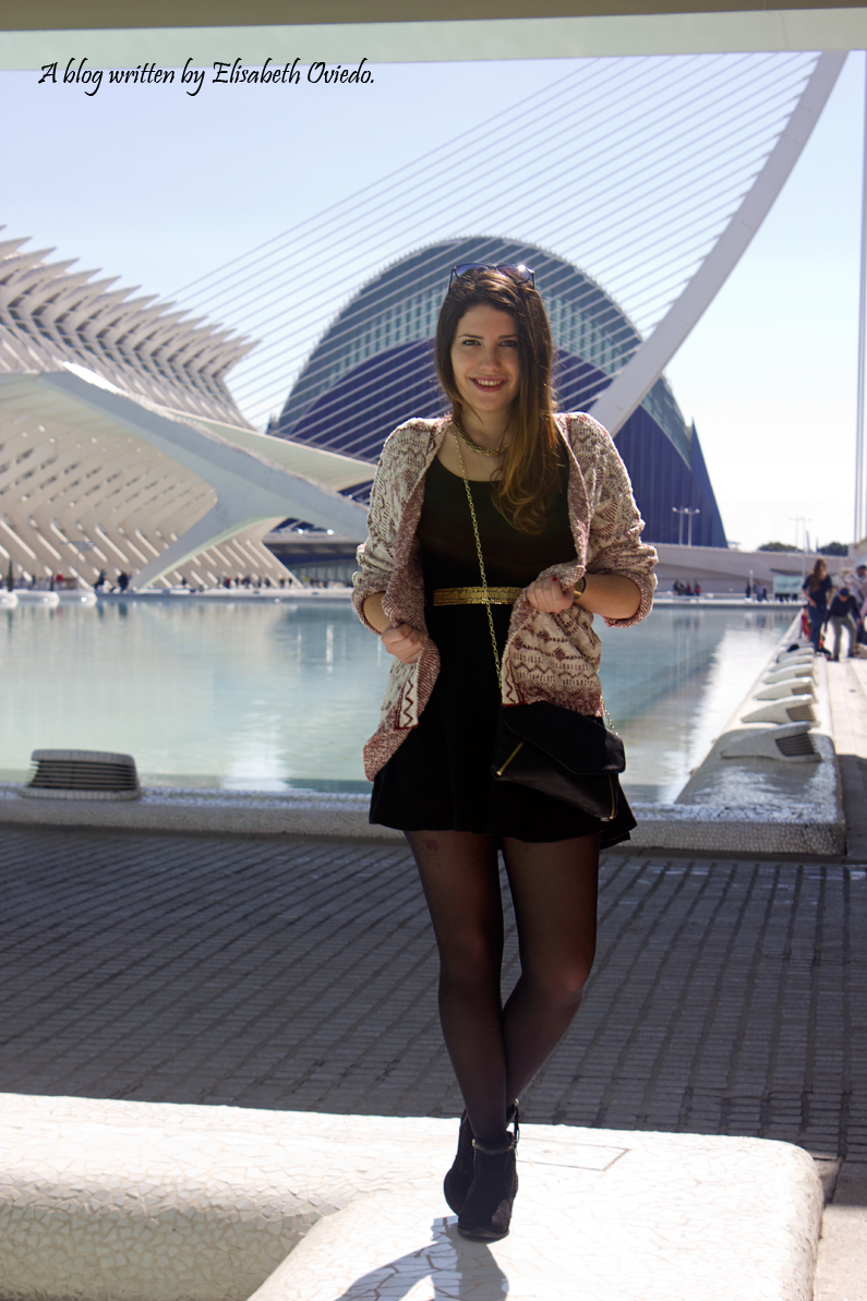 heelsandroses ciudad de las artes y las ciencias valencia little black dress (3)