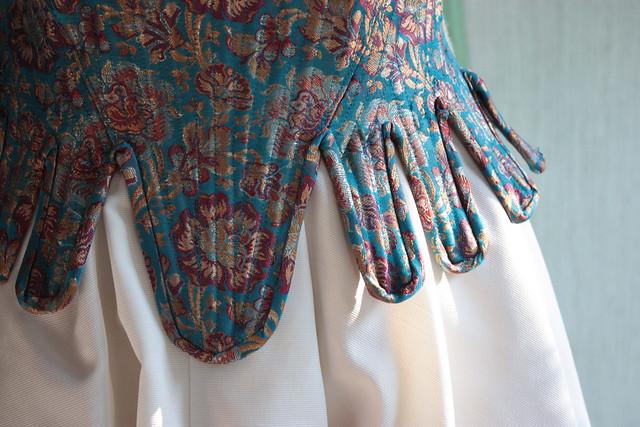 Robe de mariée corsetée, détail