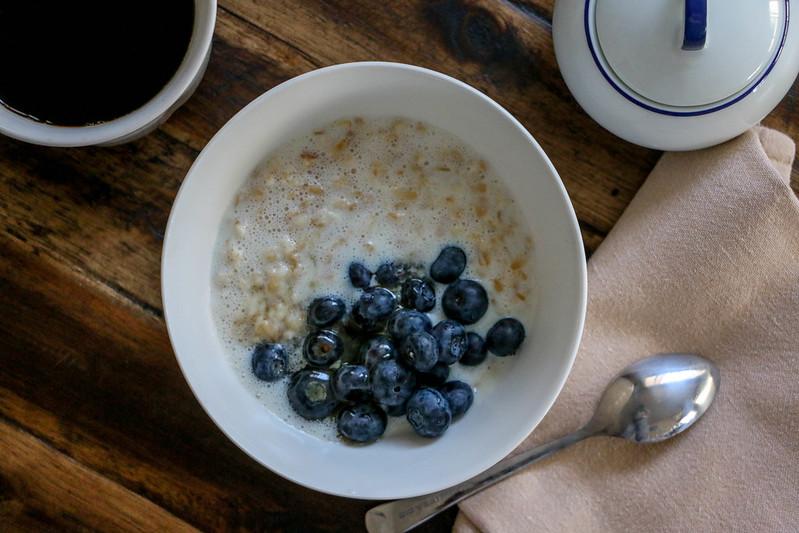 01.28. Milk Porridge with Blueberries