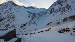 Poranny widok ze schroniska Martin Busch Hutte i dolinę Schalf, którą zjeżdżaliśmy porzedniego dnia