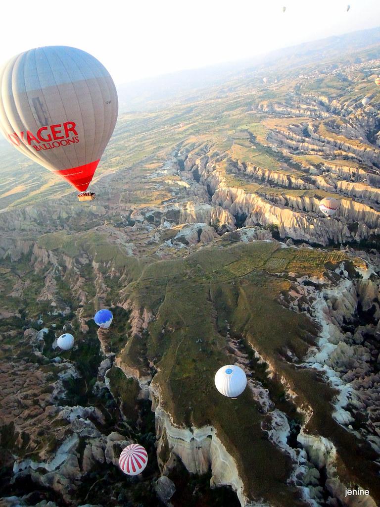 飛越高氣球越少