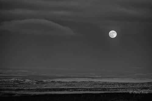 winter moon snow oregon desert easternoregon hagermountainlookout