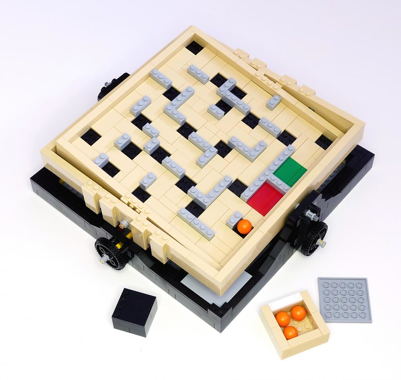 LEGO Ideas 21305 - Maze (detail 2)