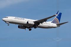 United Airlines Boeing 737-824 N78511