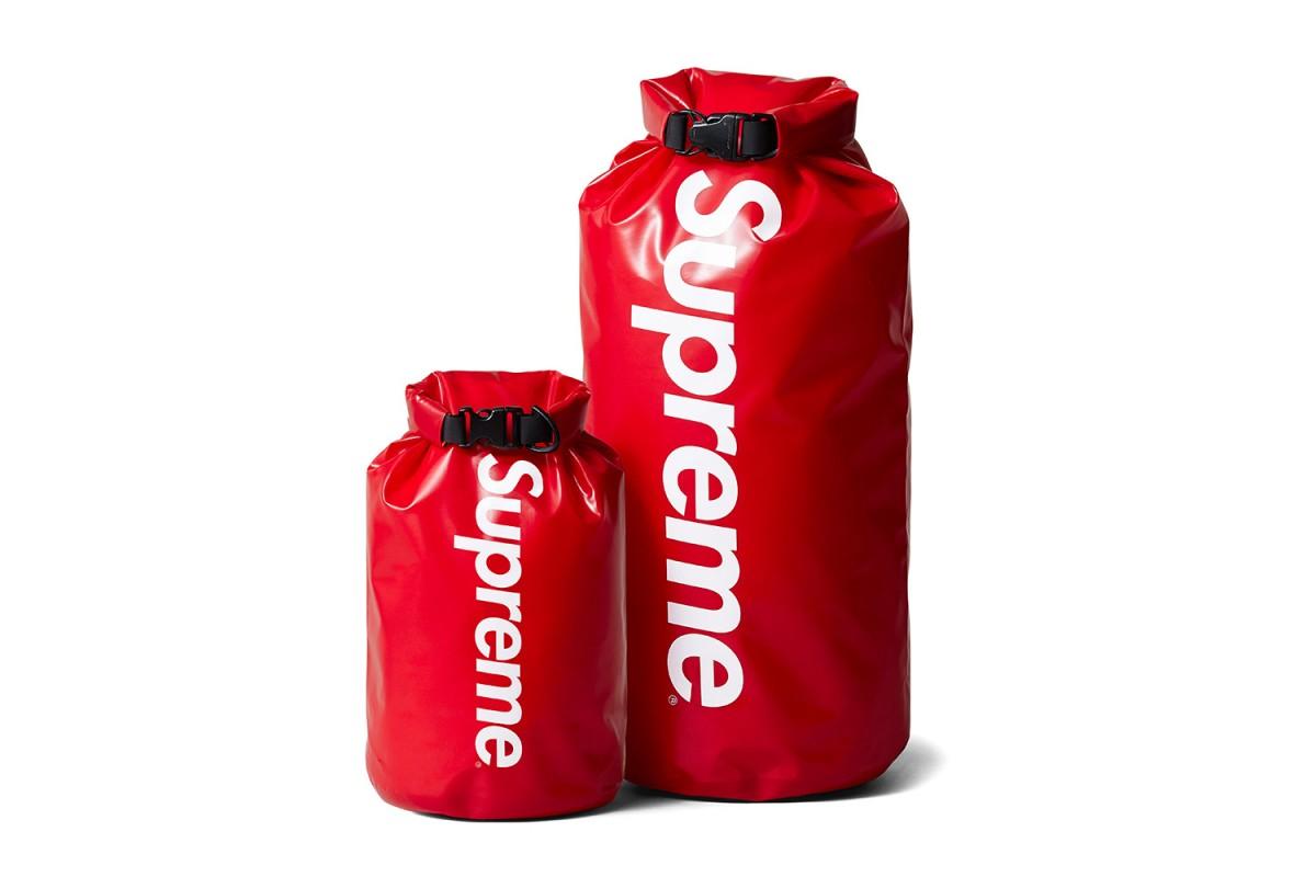 supreme-sealline-nimbus-dry-sack-000-1200x800