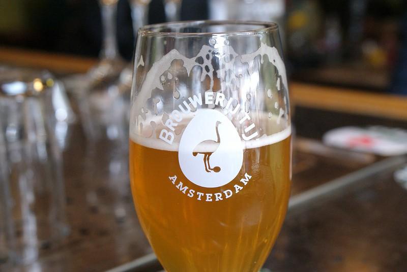 Une des bières locales d'Amsterdam : La délicieuse Brouwerij 't ij.