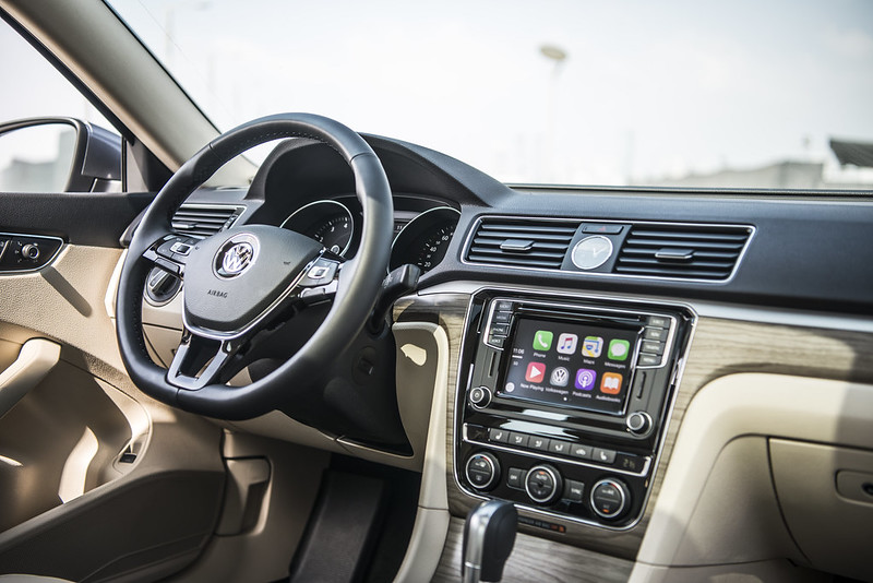 2016_vw_passat_carbonoctane4