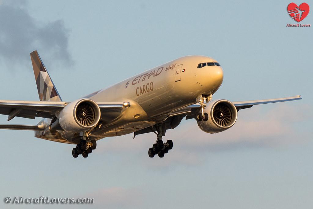 A6-DDE - B77L - Etihad Airways