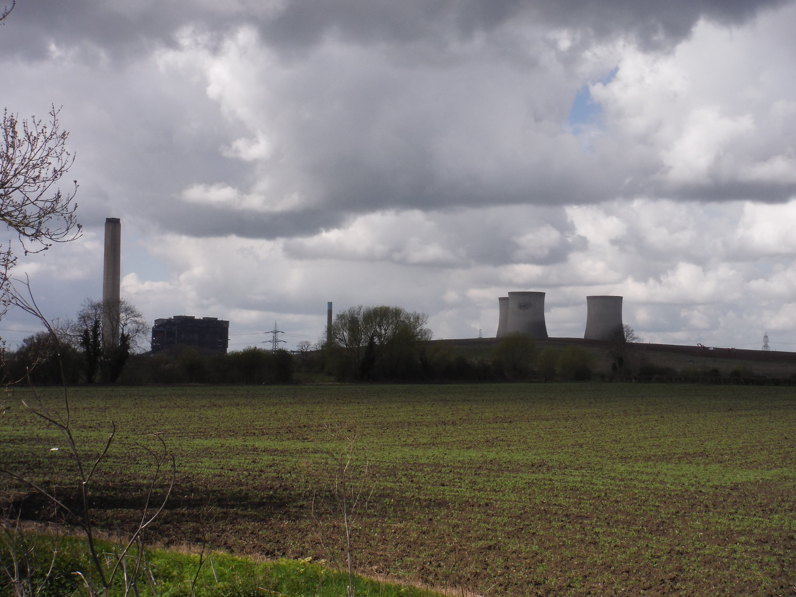 Didcot Power Station SWC Walk 44 - Didcot Circular