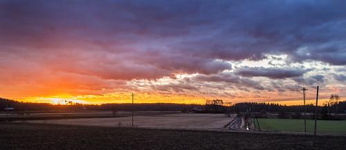 morning sky sun field clouds sunrise finland landscape geotagged countryside spring maisema pilvet aurinko mäntsälä kevät taivas pelto aamu auringonnousu maalaismaisema