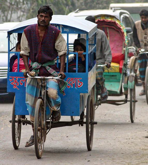 School Rickshaw, Dhaka, Bangladesh, Canon EOS DIGITAL REBEL, Canon 70.0-300.0 mm