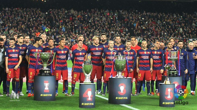 El FC Barcelona presenta los 5 titulos ganados este año