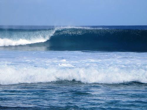 ocean west island islands indian surfing breakers cocos keeling