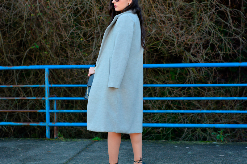 zara_ootd_outfit_shein_grey_coat_heels_03