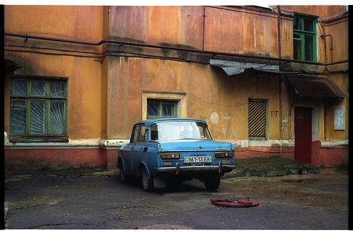 color film car lomography retro ussr donbass moskvich kramatorsk