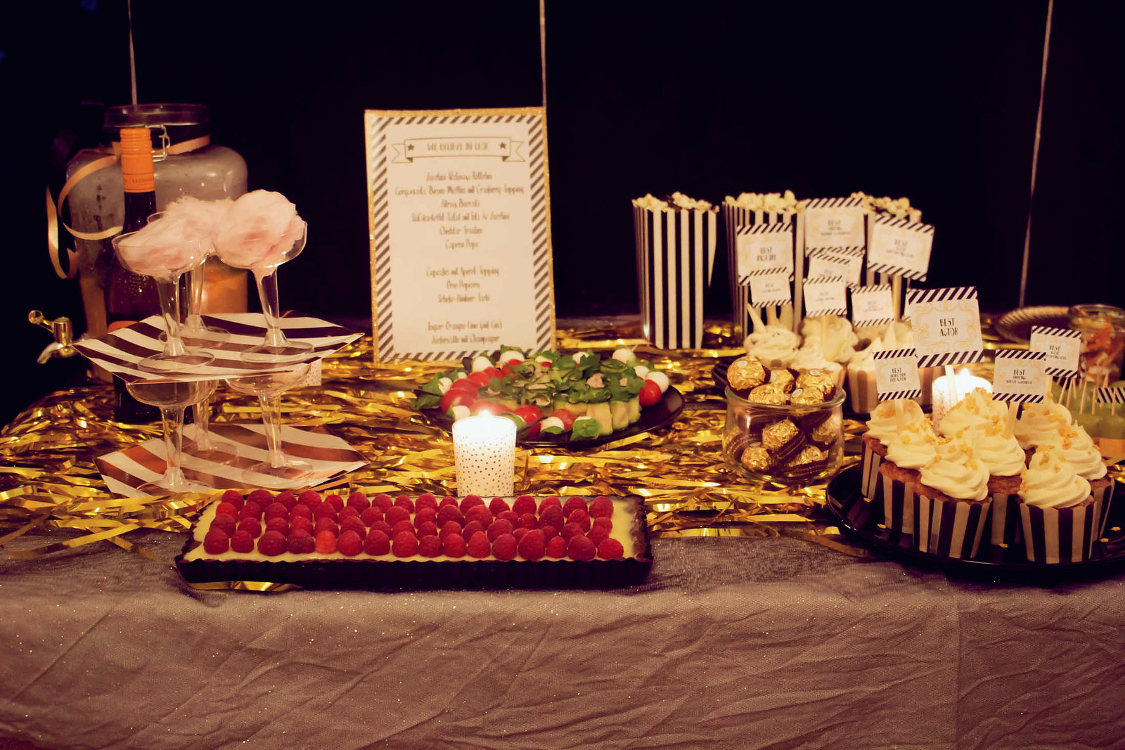 schoko-himbeer-tarte mit weißer schokolade {oscar buffet 2016}