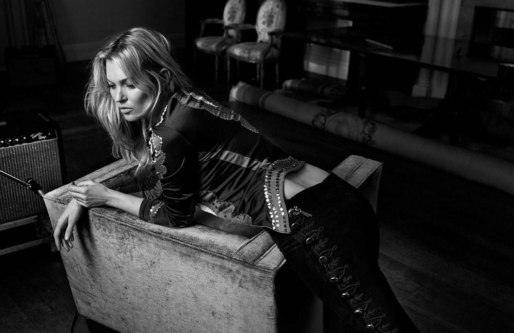 Кейт Мосс — Фотосессия для «Vogue» UK 2016 – 3