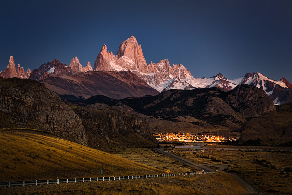 Early morning view of Mount Fitz Roy - Patagonia, Argentina