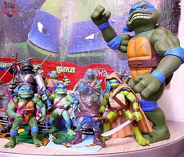 "Nickelodeon ""HISTORY OF TEENAGE MUTANT NINJA TURTLES"" FEATURING LEONARDO - Paramount Movie LEO '14 iv / ..with Movie LEOs (( 2015 ))"