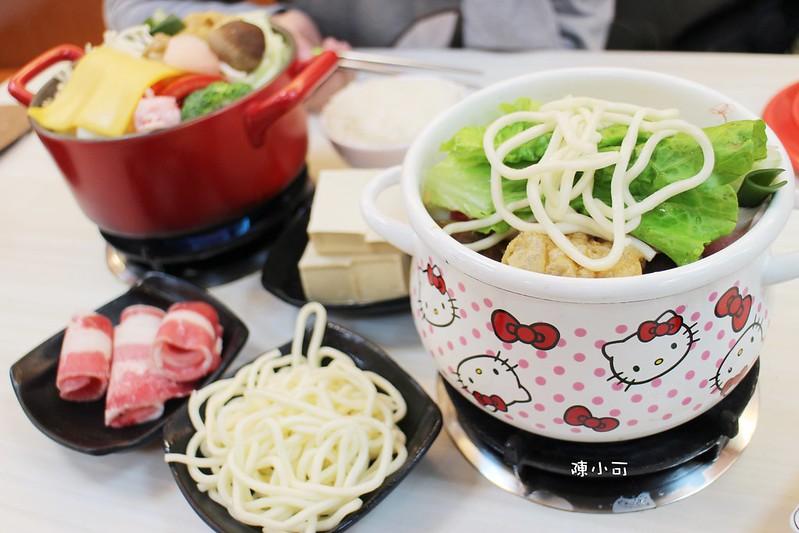 兩披索個人靚鍋,火鍋燒烤吃到飽︱火鍋︱燒烤 @陳小可的吃喝玩樂