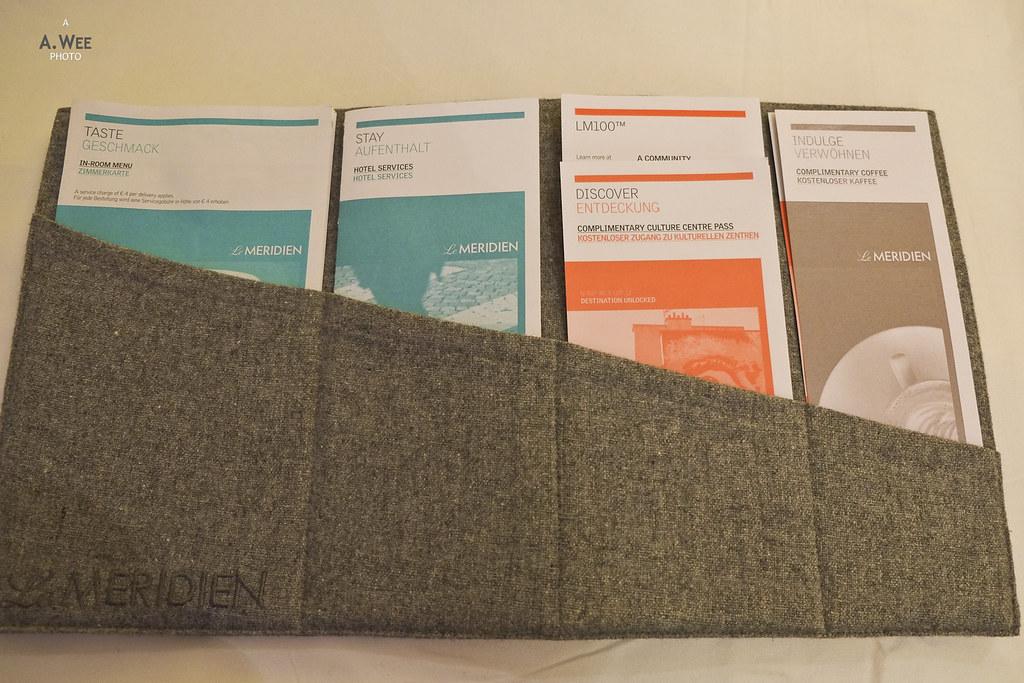 Information folder