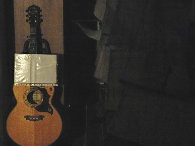 Guitarra, canciones, velero