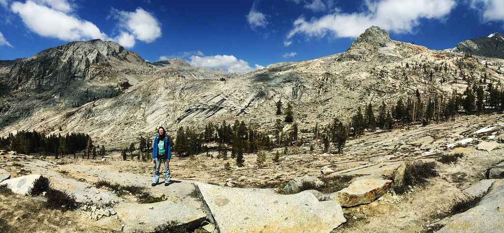 Lakes Trail to Peak Lake, Sequoia National Park, CA, USA