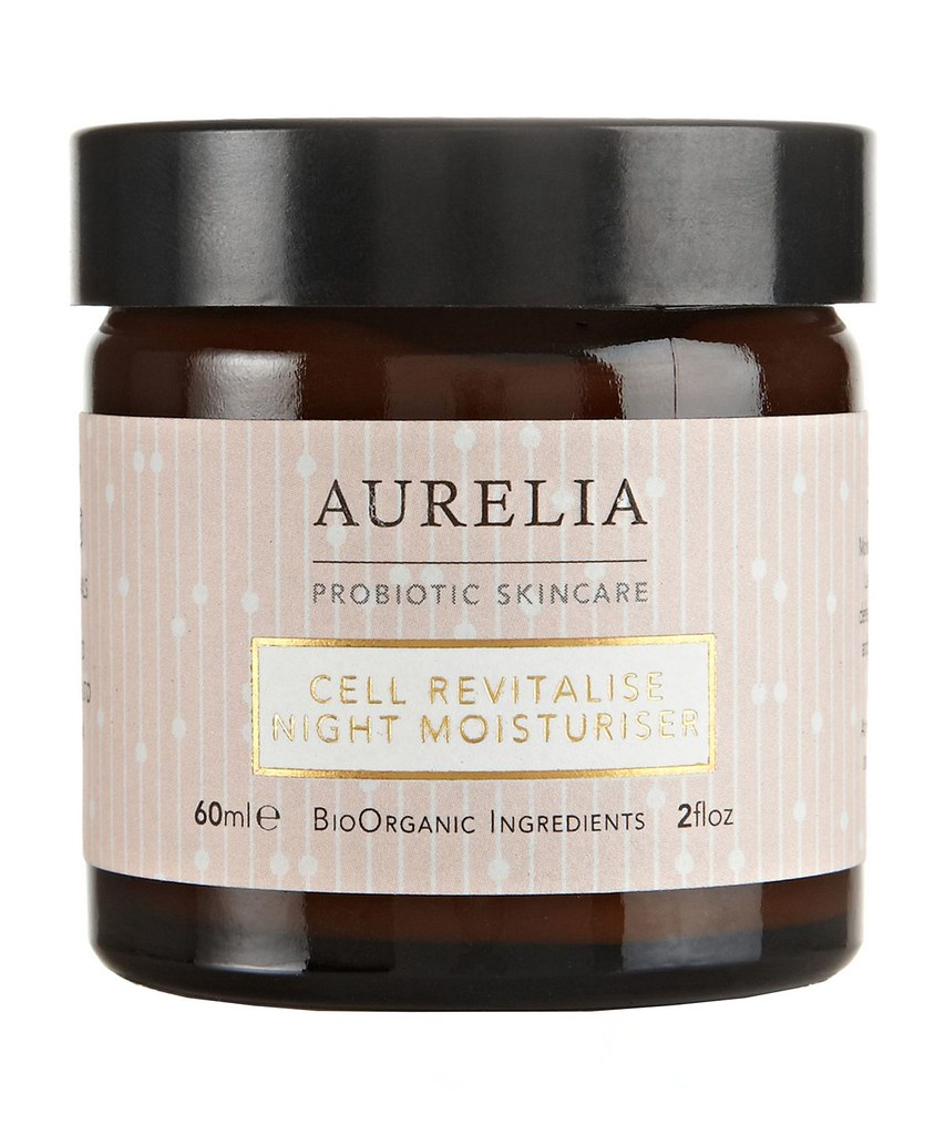 aur005_aurelia_cellrevitalisenightmoisturiser_1_1560x1960-lrzpj