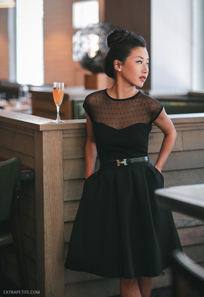 classic date night valentines day outfit black flare skirt