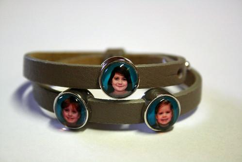 Armband van Lien.