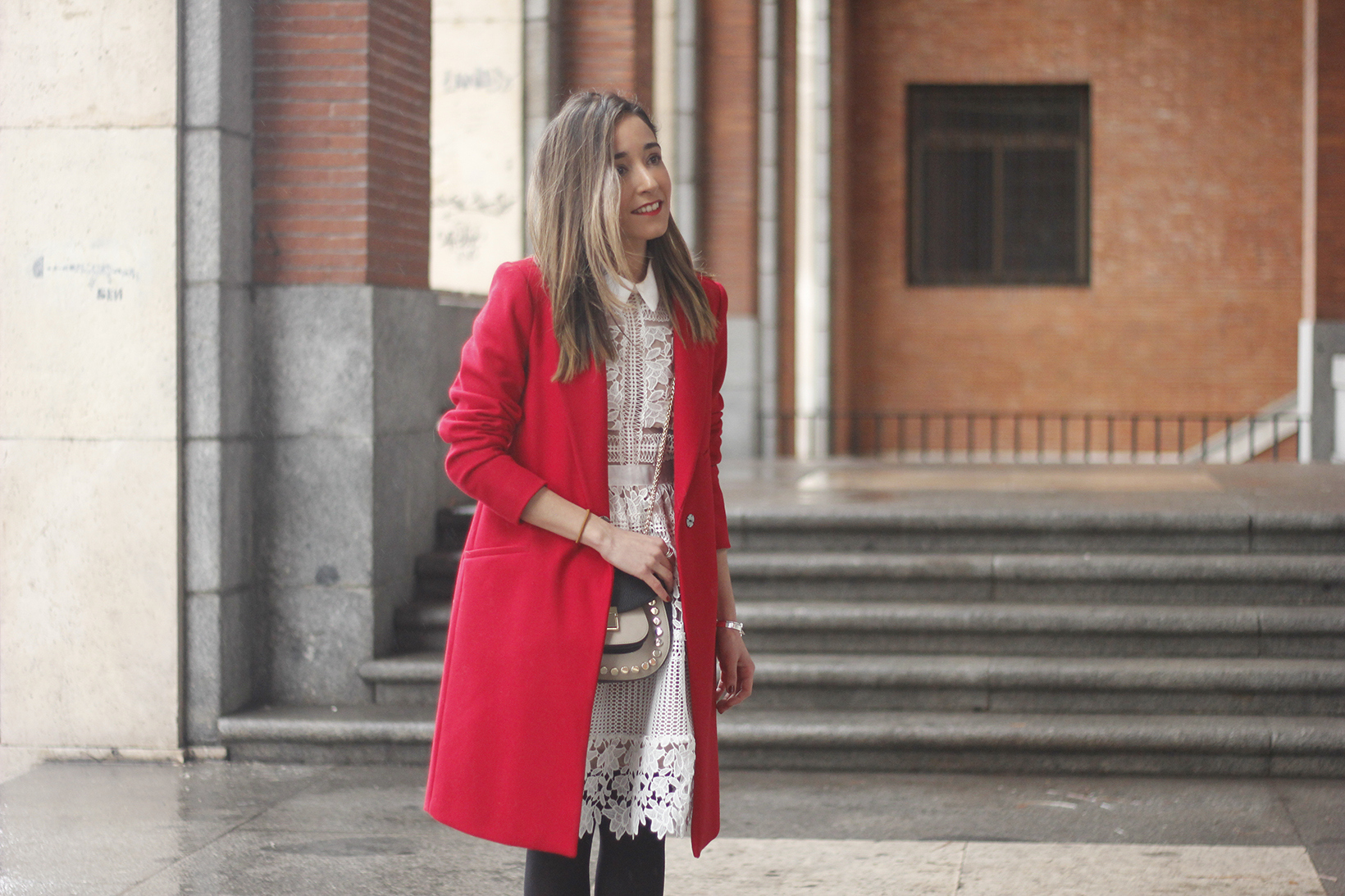 white lace dress with red coat uterqüe bag outfit style07