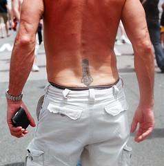 04.14a.PrideFestival.WDC.12June2005
