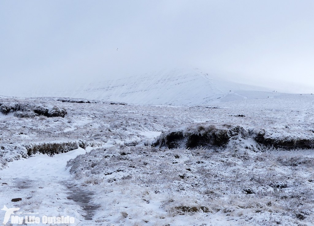 P1000332 - Pen y Fan, Feb 2016