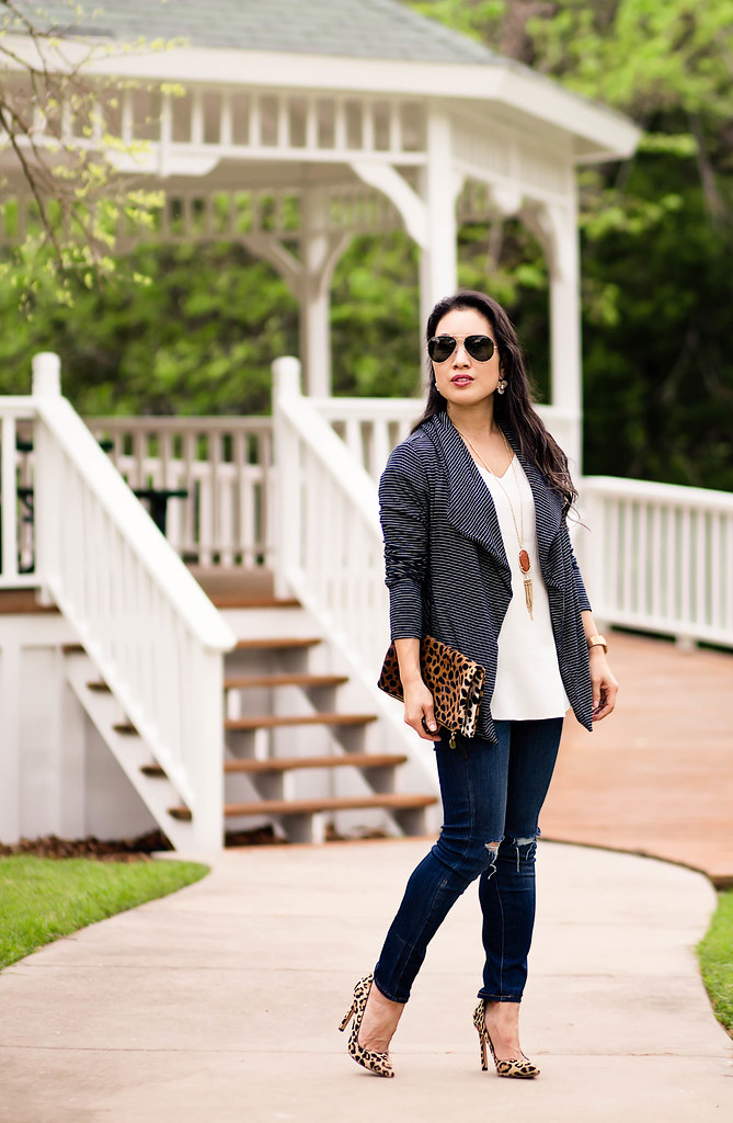 cute & little blog | petite fashion | lou & grey striped drapey cardigan, kendra scott rayne pendant, distressed jeans, leopard pumps, leopard clutch, ray ban aviators | spring outfit