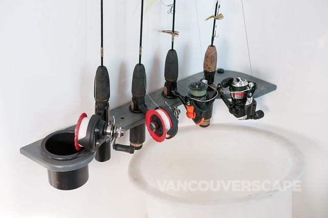 Fishing rods inside the Snobear