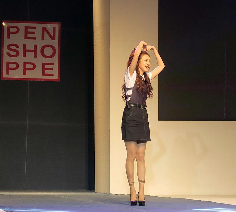 23 Sandara Park - Penshoppe Denim Lab Fashion show 2016 - Gen-zel.com(c)