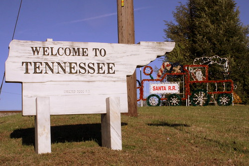 Welcome to Tennessee: Ardmore AL/TN Border at Christmas