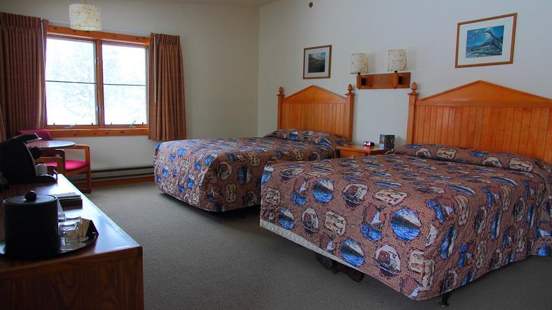 IMG_4413 Old Faithful Snow Lodge