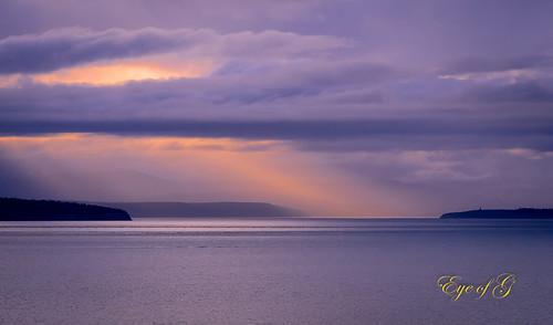 sunset usa places whidbeyisland northamerica washingtonstate sunsetsunrise lightrays skyclouds hillroad olympicpennisula ebeylanding straitsofjaundefuca