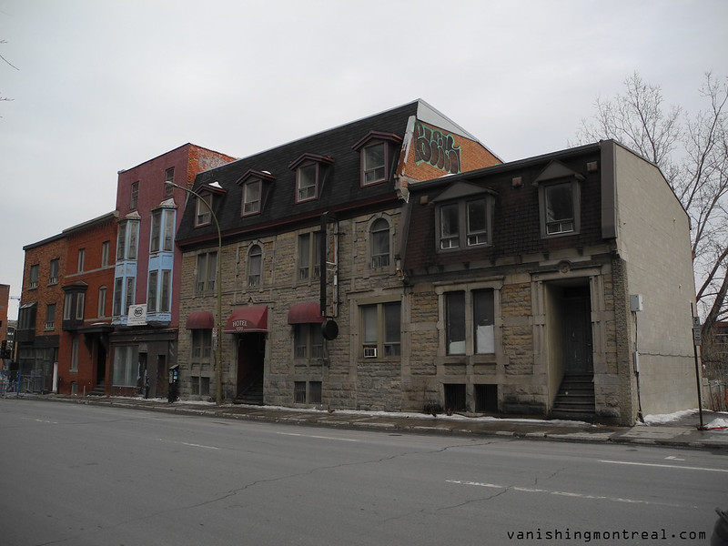 Old buildings on St-Antoine (2016) 6