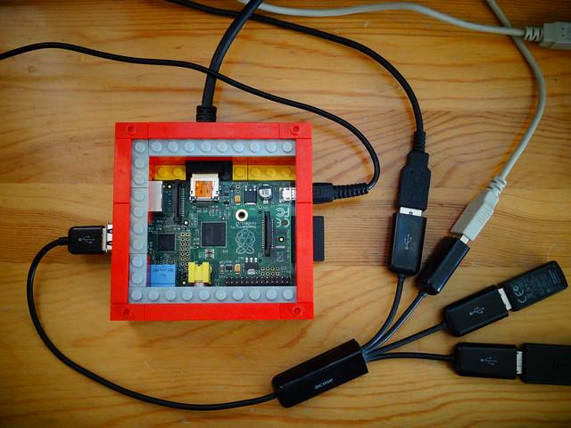Raspberry Pi gépház LEGO-ból 1