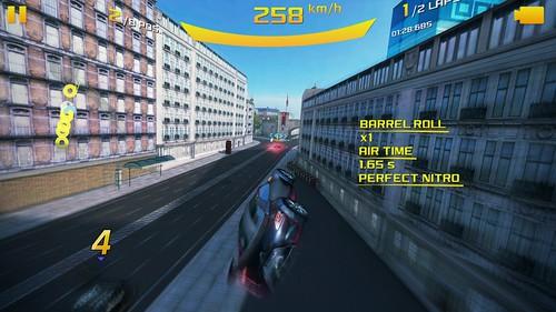 เกม Asphalt 8: Reborne บน ASUS Zenfone 2 Deluxe Special Edition