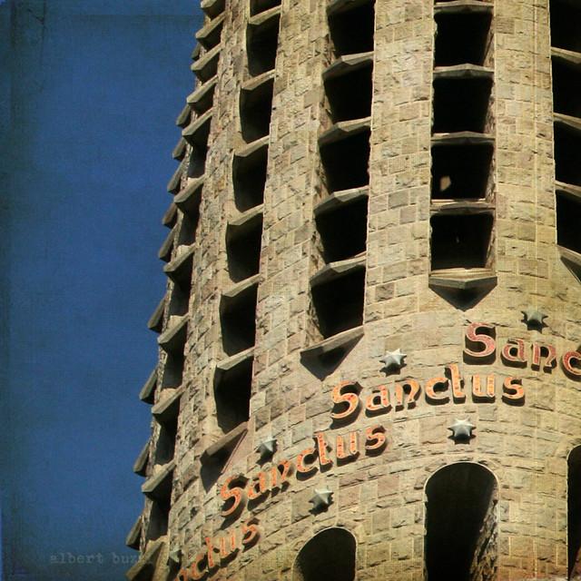 bBcn045:  Barcelona - Eixample - La Sagrada Familia