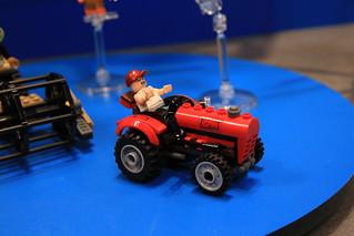 LEGO DC Comics 76054 Batman Scarecrow Harvest Of Fear 04