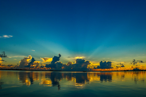 blue sky usa sun seascape nature water weather st clouds sunrise canon river outside photography photo florida cloudy bluesky stuart photograph rays lucieriver canon70d downtownoutdoors