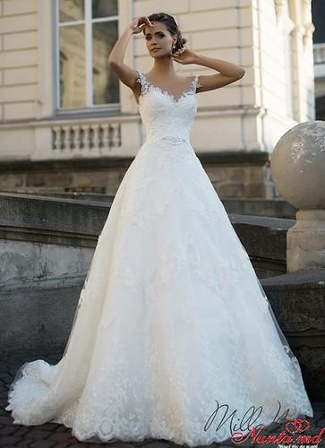Salon de Mariaj Cocos-Tot luxul și eleganța modei de nuntă într-un singur loc! > AVRIL