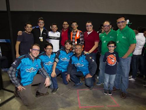 Tres equipos apoyados por GM de México participarán en la Competencia Mundial de Robótica FIRST