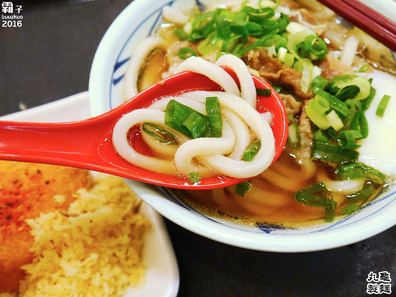 26057061862 f4d4203344 b - 丸龜製麵,台中新光三越內也能吃到日本知名烏龍麵,湯頭好,烏龍麵Q彈有勁!